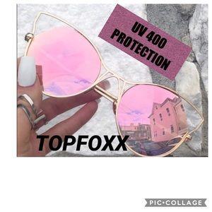 TOPFOXX